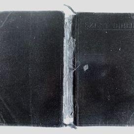 Nyitott könyv - Csukott könyv